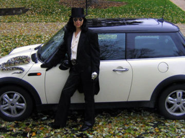 Is that Alice Cooper with MINI Cooper, Alice Cooper?