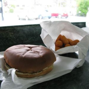 Hefner's serves up huge butterburgers and the usual sides, including fried cheese curds.
